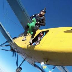 skydive_pilot