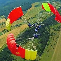SkydiverCF